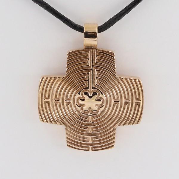 Labyrinthkreuz mit Lederband